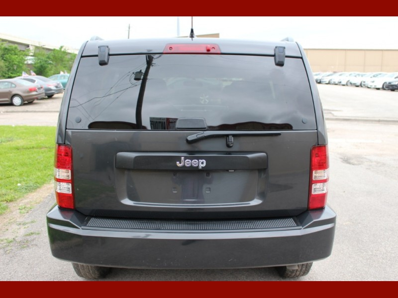 Jeep Liberty 2011 price $5,999