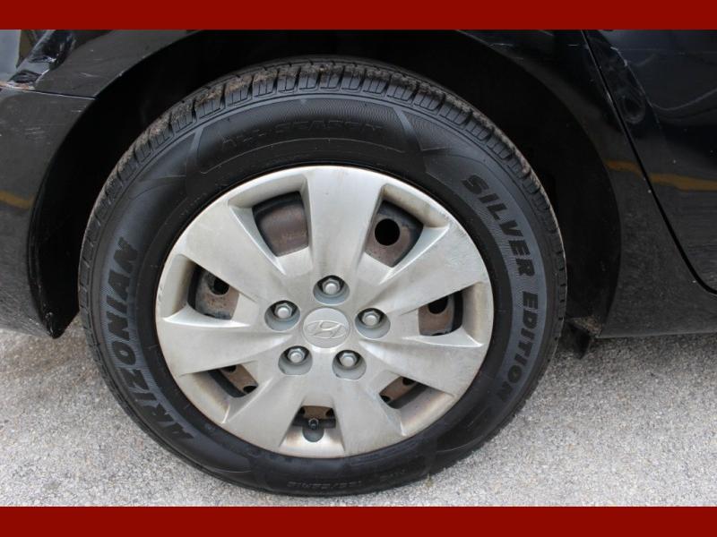 Hyundai Elantra Touring 2012 price $4,499
