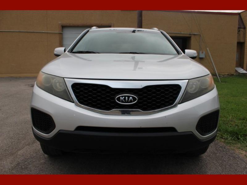 Kia Sorento 2011 price $6,799