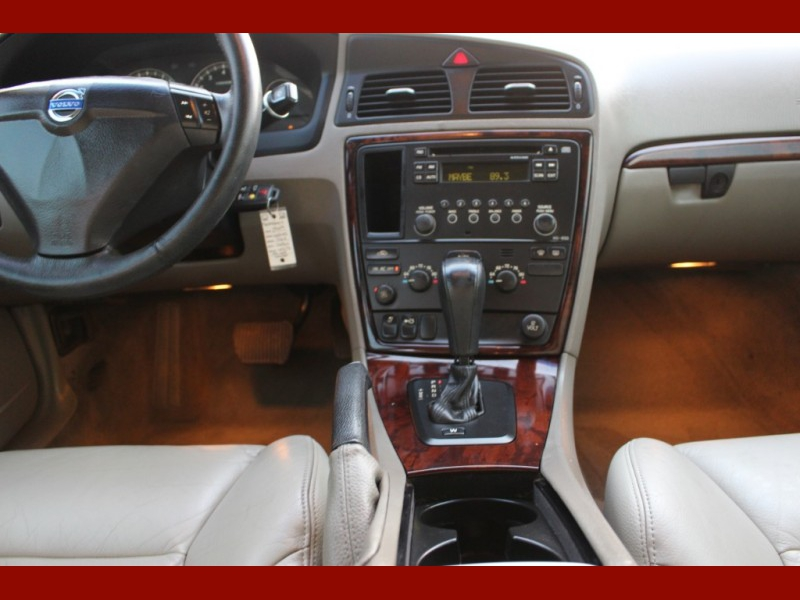 Volvo S60 2009 price $4,000