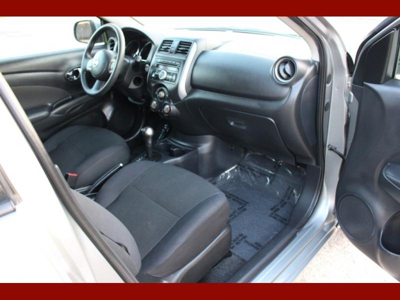 Nissan Versa 2013 price $4,999