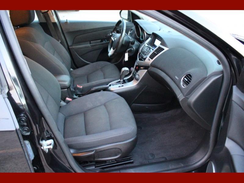 Chevrolet Cruze 2012 price $6,899