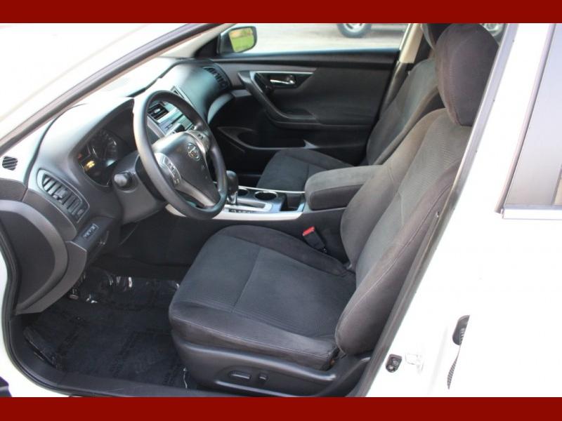 Nissan Altima 2014 price $6,799