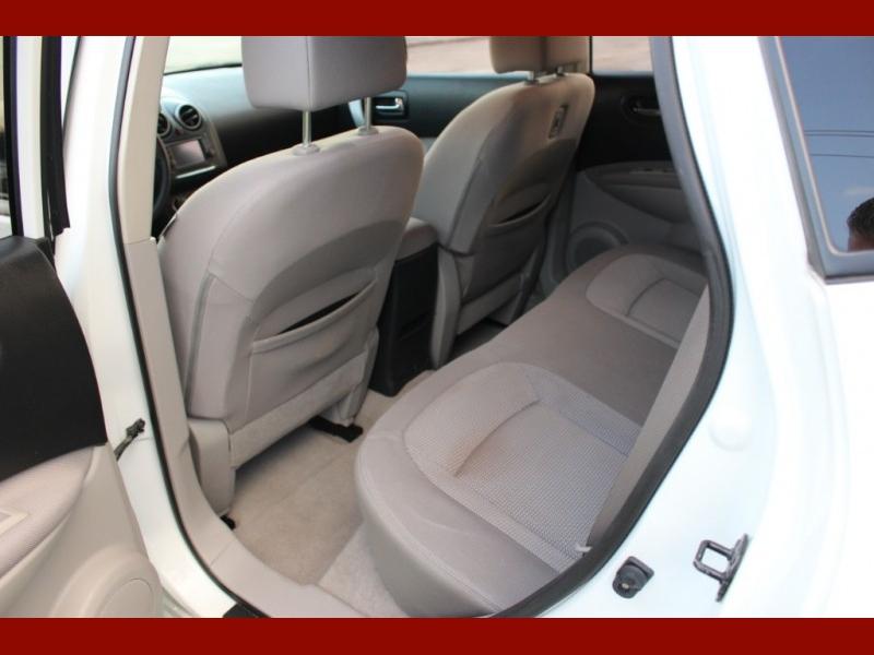 Nissan Rogue 2011 price $6,000