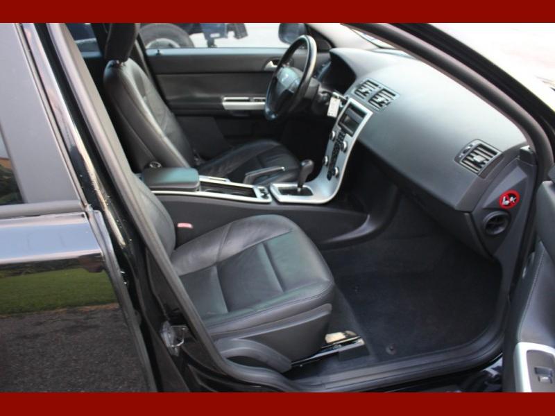 Volvo S40 2011 price $5,699