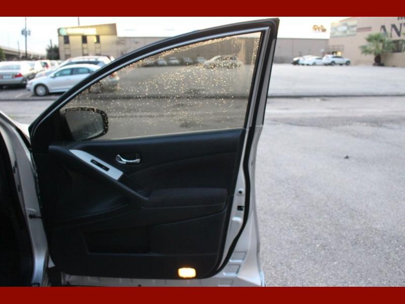 Nissan Murano 2011 price $5,499