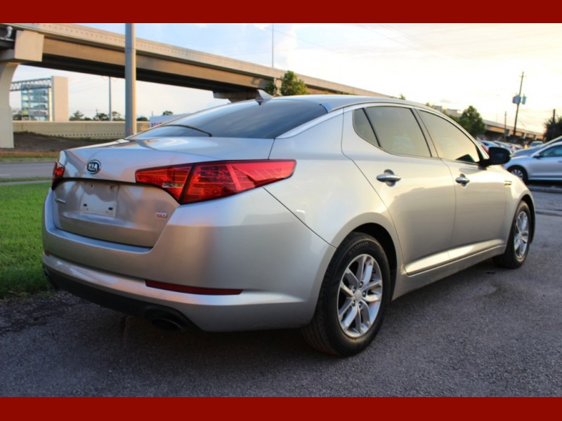 Kia Optima 2012 price $6,400