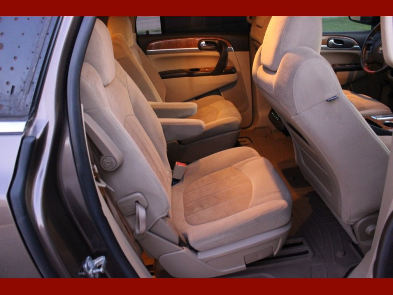 Buick Enclave 2009 price $6,299