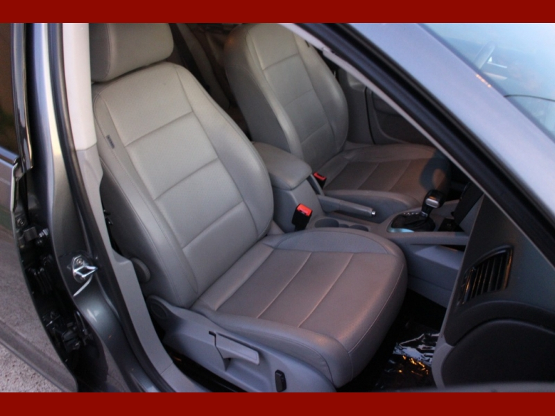 Volkswagen Jetta Sedan 2009 price $4,999