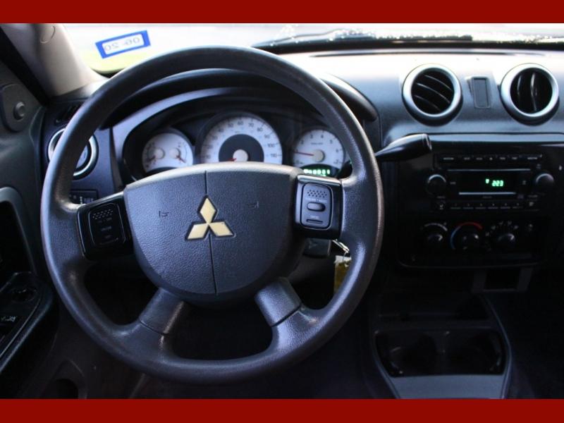 Mitsubishi Raider 2007 price $4,999