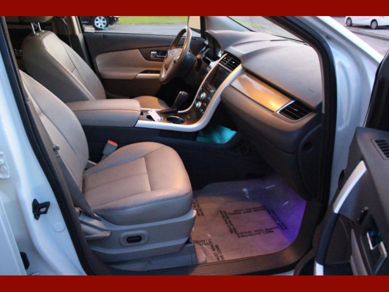 Ford Edge 2011 price $7,800