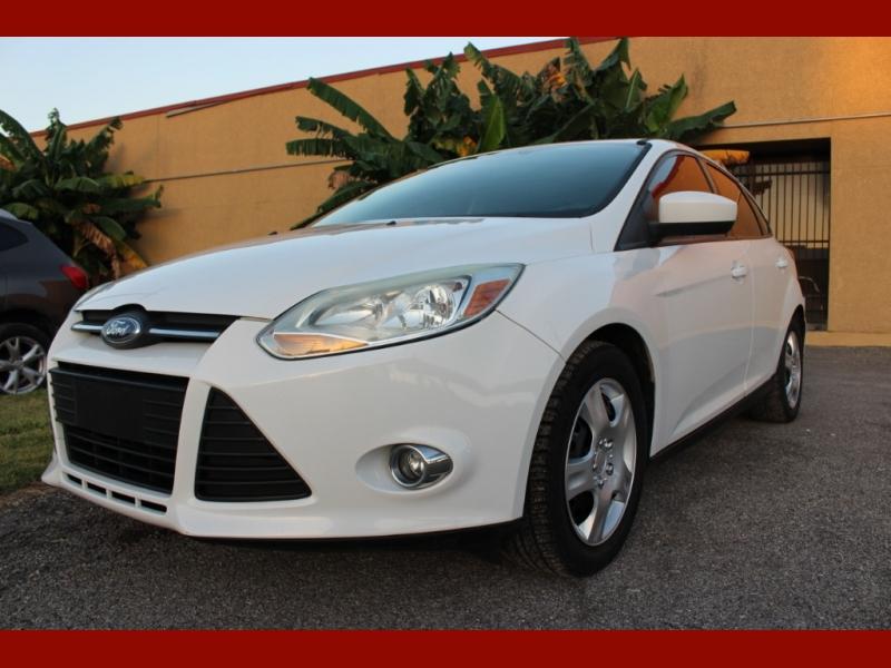 Ford Focus 2012 price $4,799