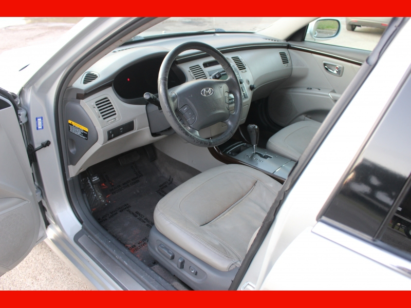 Hyundai Azera 2011 price $5,799