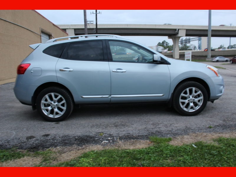 Nissan Rogue 2011 price $6,300