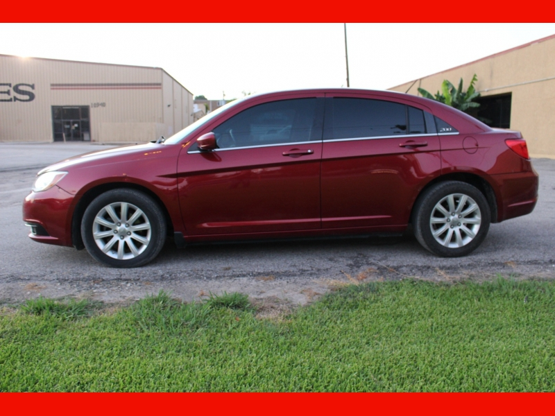 Chrysler 200 2012 price $4,999