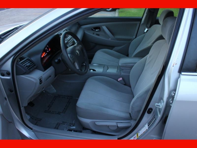 Toyota Camry 2010 price $6,399