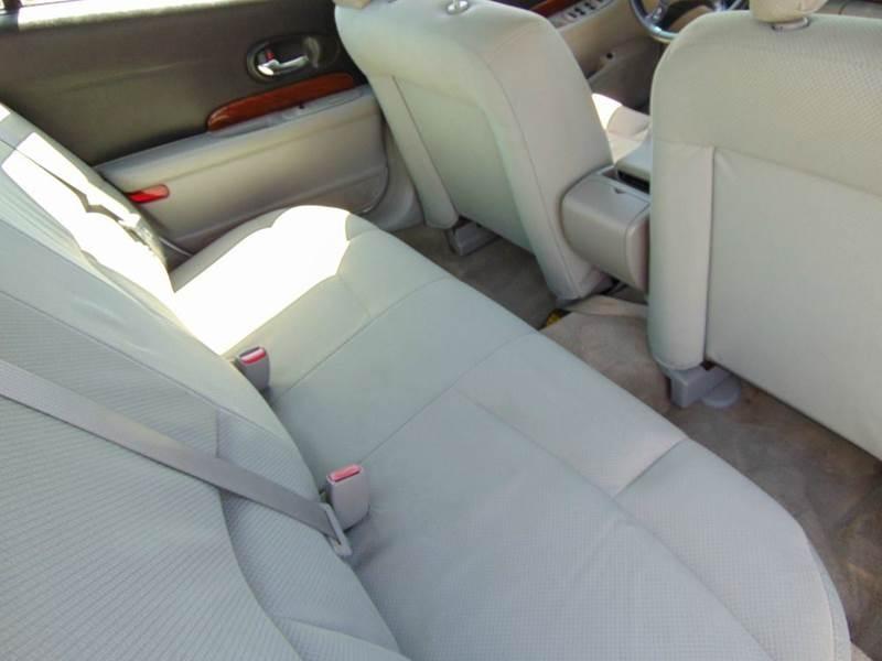 Buick LeSabre 2004 price $2,995