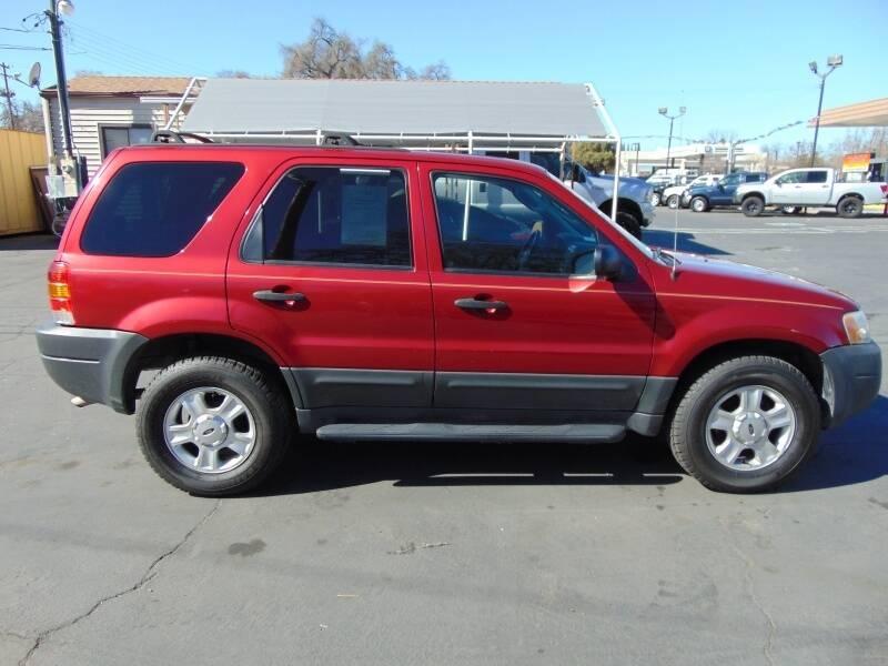 Ford Escape 2003 price $3,995