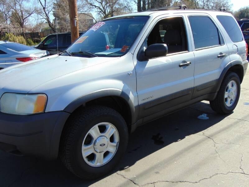 Ford Escape 2002 price $3,795