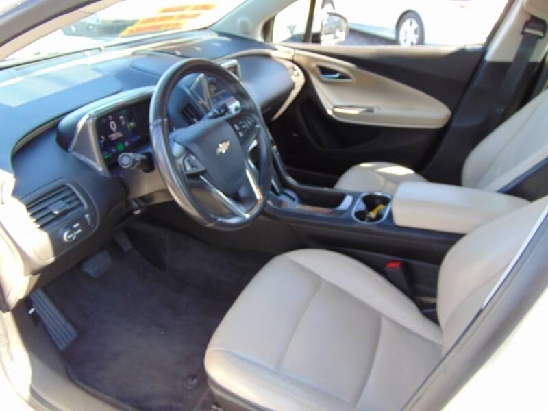 Chevrolet Volt 2012 price $5,995