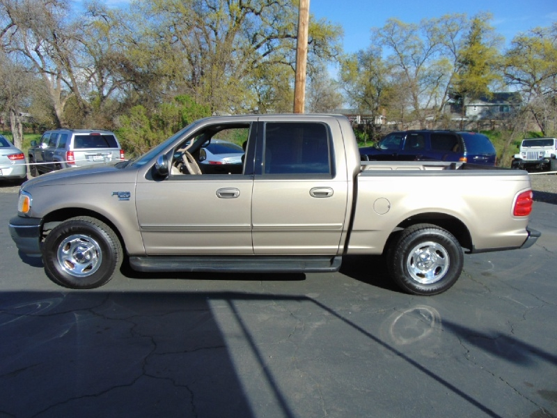 Ford F-150 SuperCrew 2001 price $3,995