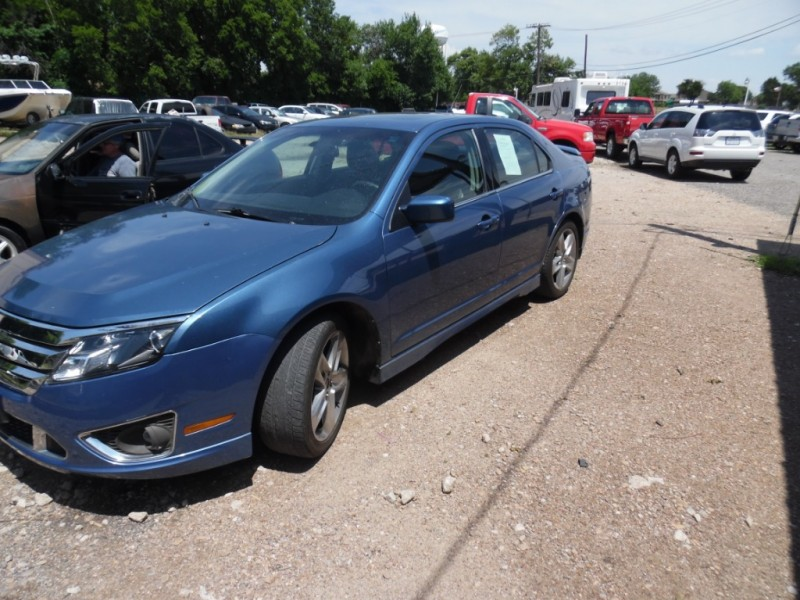 Ford Fusion 2010 price $5,999 Cash