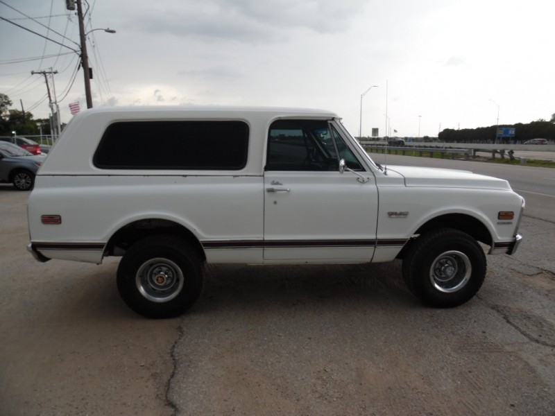 GMC JIMMY 1970 price $24,999 Cash