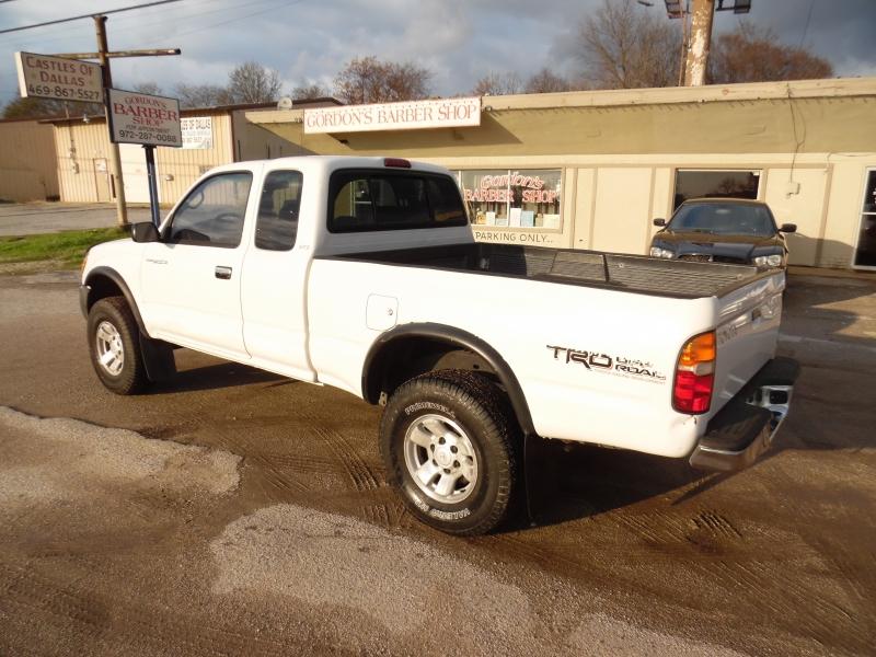 Toyota Tacoma 1999 price $4,999 Cash