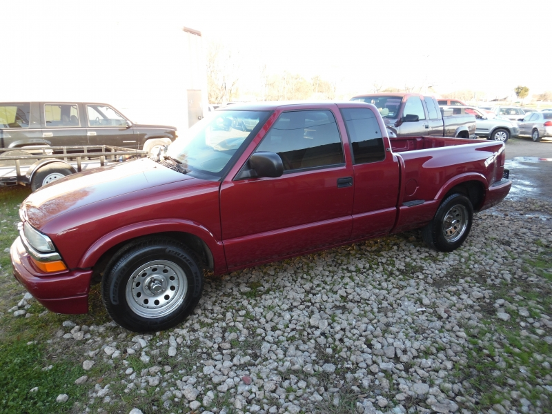 Chevrolet S-10 2001 price $3,999 Cash