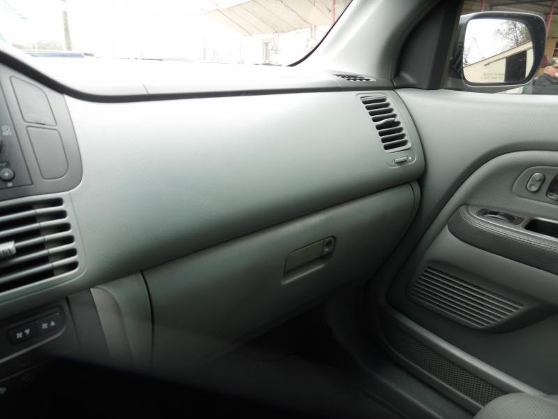 Honda Pilot 2004 price $4,999 Cash