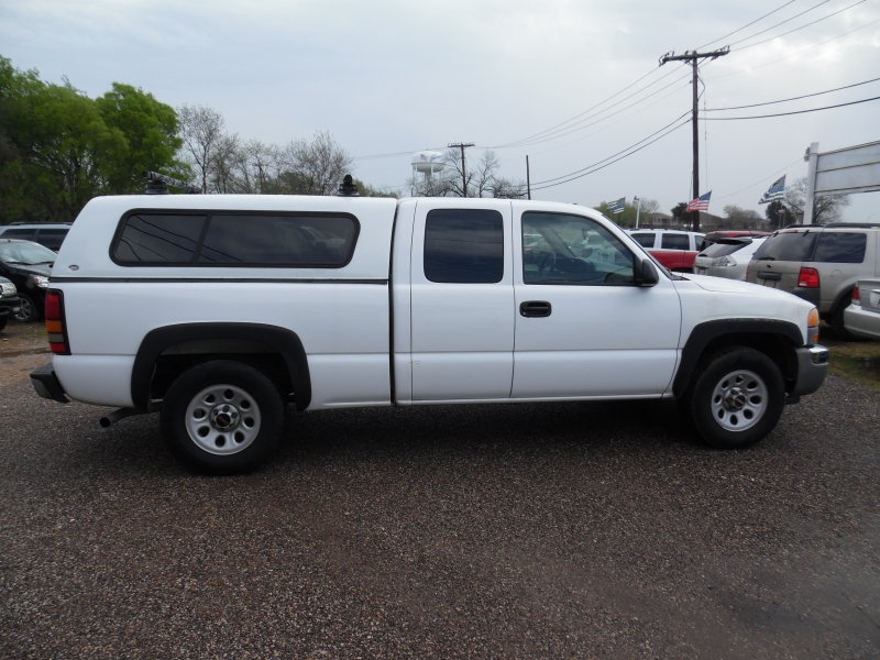 GMC Sierra 1500 2005 price $6,999 Cash