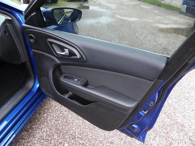 Chrysler 200 2016 price $6,999 Cash