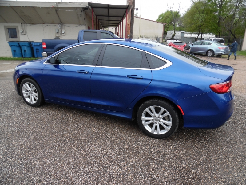 Chrysler 200 2016 price $6,999 Cash