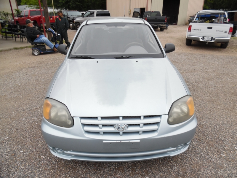 Hyundai Accent 2004 price $2,699 Cash