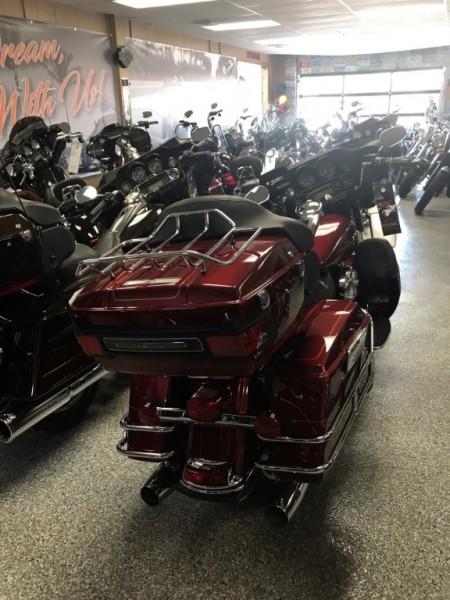 Harley-Davidson FLHTCU ULTRA ELECTRA CLASSIC 2010 price $12,899