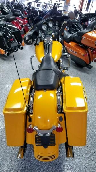 Harley-Davidson FLHX STREET GLIDE 2013 price $15,999