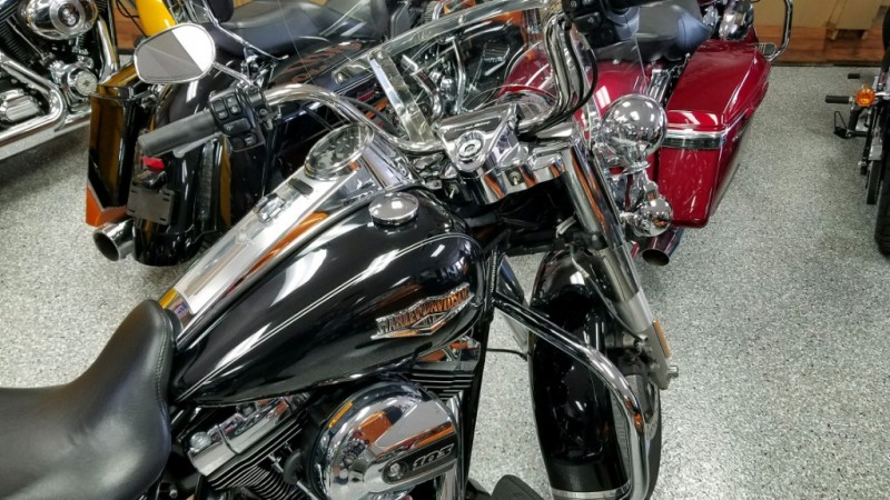 Harley-Davidson FLHR ROAD KING 2016 price $14,999