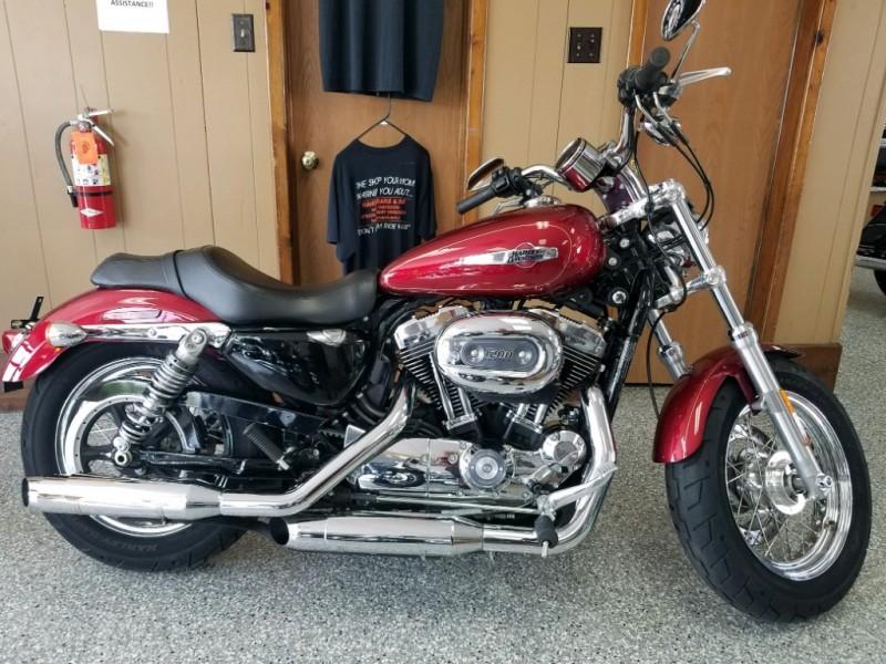 Harley-Davidson XL1200C SPORTSTER CUSTOM 2017 price $7,999