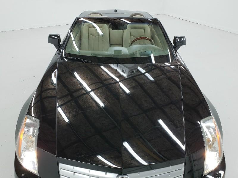 Cadillac XLR 2005 price $17,650