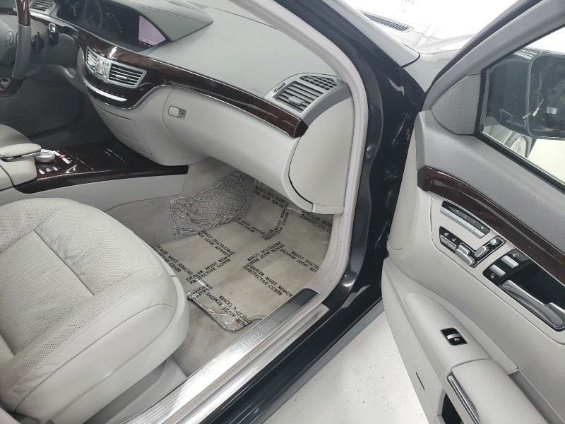 Mercedes-Benz S550 2012 price $17,200