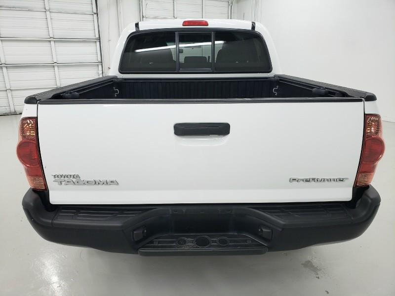 Toyota Tacoma 2015 price $20,940