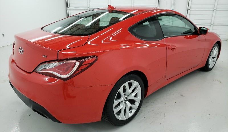 Hyundai Genesis Coupe 2016 price $18,450