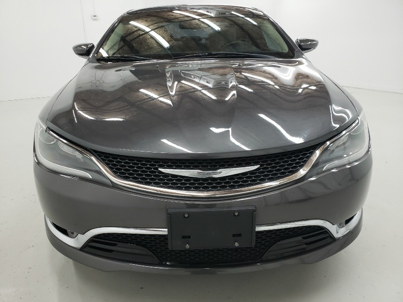 Chrysler 200 2015 price $11,050