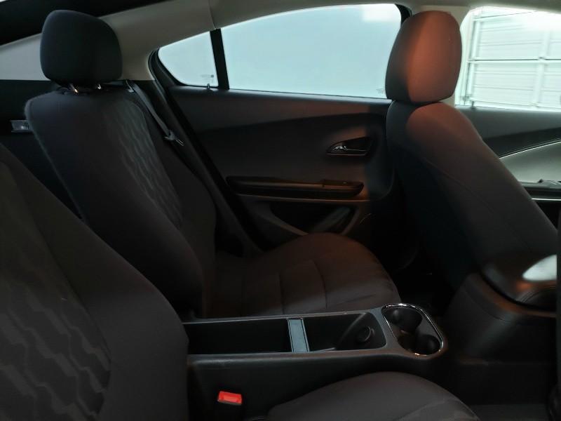 Chevrolet Volt 2015 price $13,250