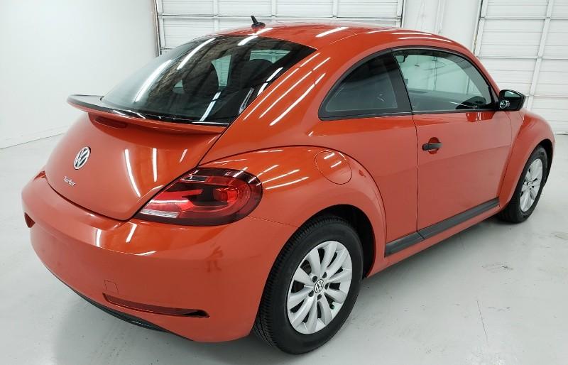 Volkswagen Beetle 2017 price $14,450