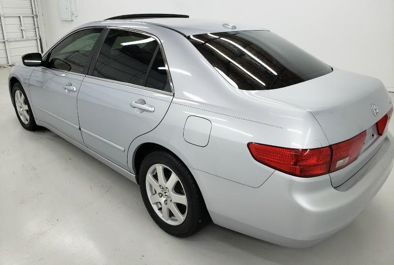 Honda Accord 2005 price $5,940