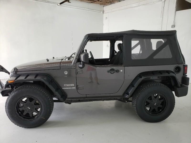 Jeep Wrangler 2016 price $24,750