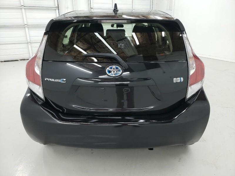 Toyota Prius c 2016 price $14,200