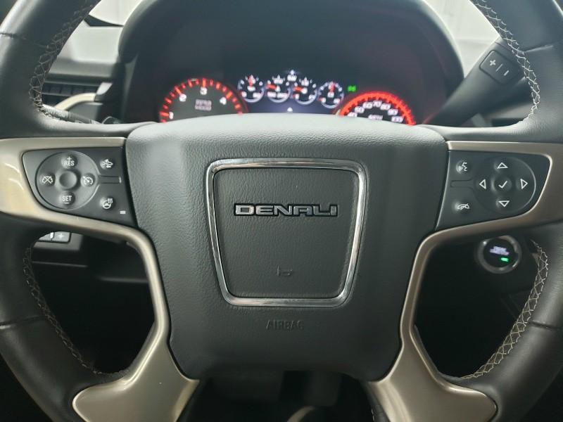 GMC Yukon Denali 2015 price $34,700