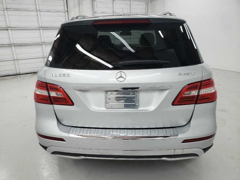 Mercedes-Benz M-Class 2012 price $17,500